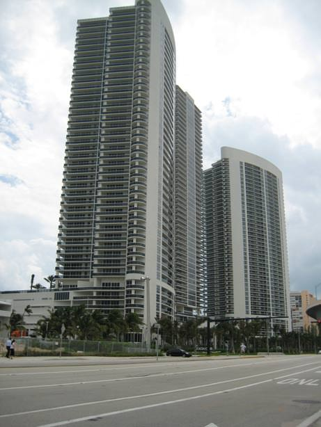 Image 0 of Beach Club I - Hallandale, FL