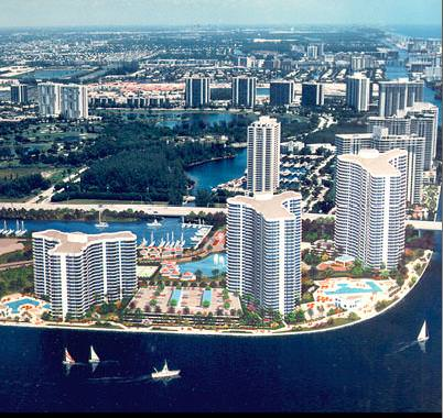 Mystic Pointe 300 Buildings